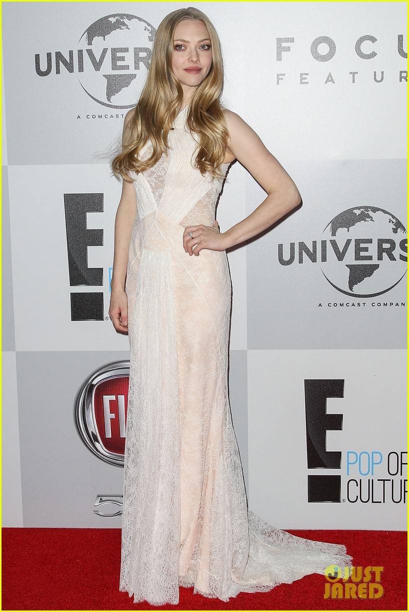 amanda seyfried golden globes 2013 red carpet 03