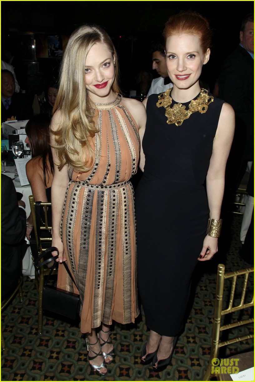 amanda seyfried & eddie redmayne nbr awards gala 2013 142787232