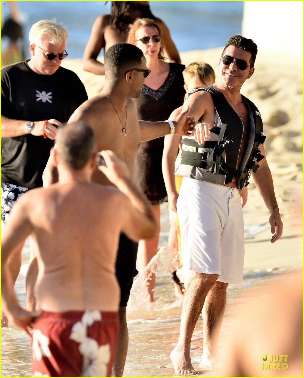 simon cowell shirtless new years eve with mezhgan huissany 20