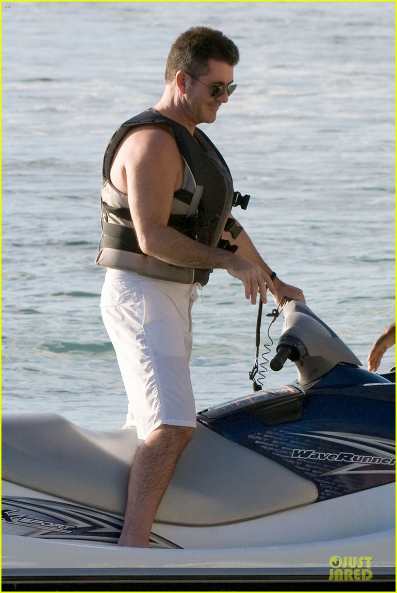 simon cowell shirtless new years eve with mezhgan huissany 39