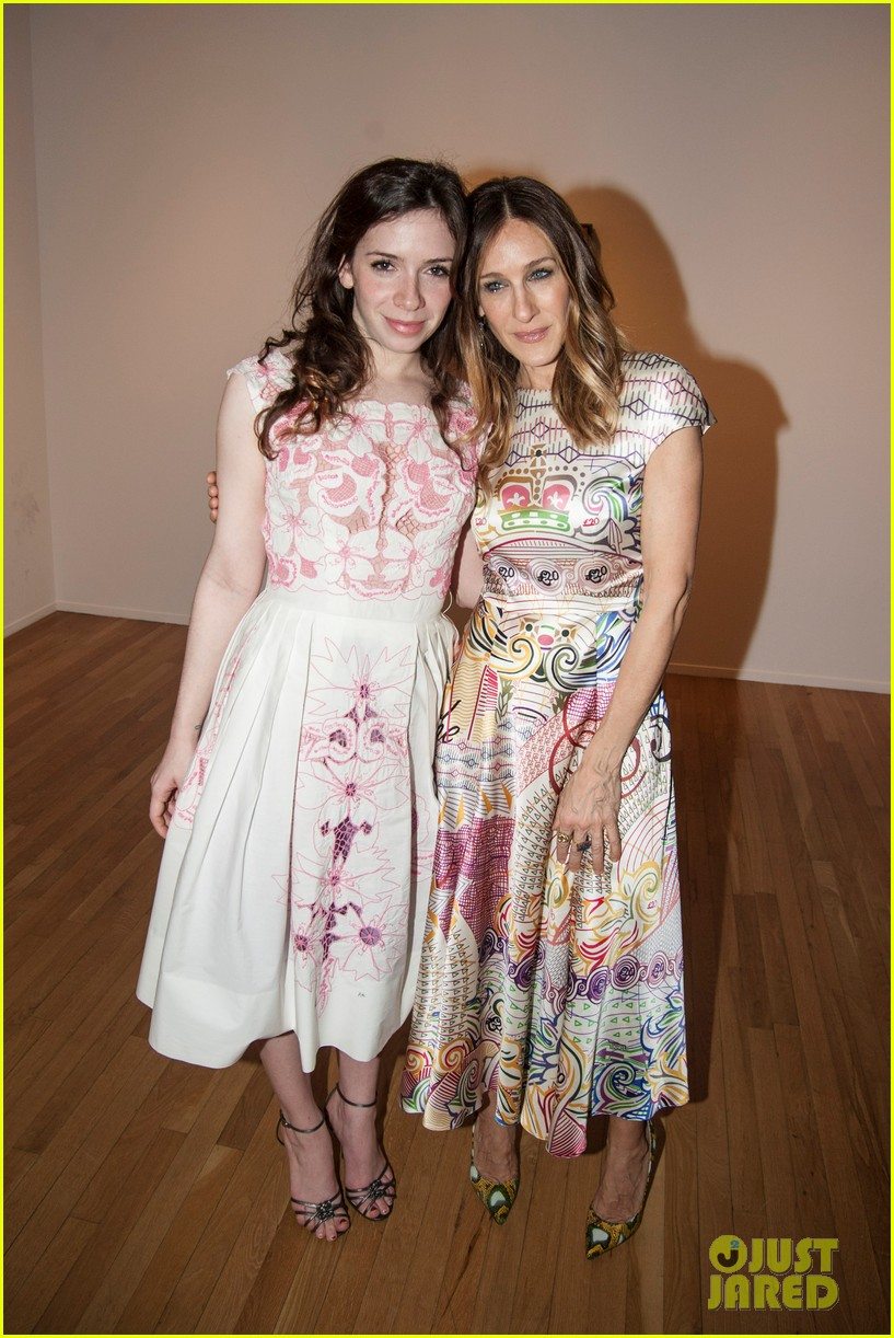 sarah jessica parker celebrates patricia brodericks paintings 10