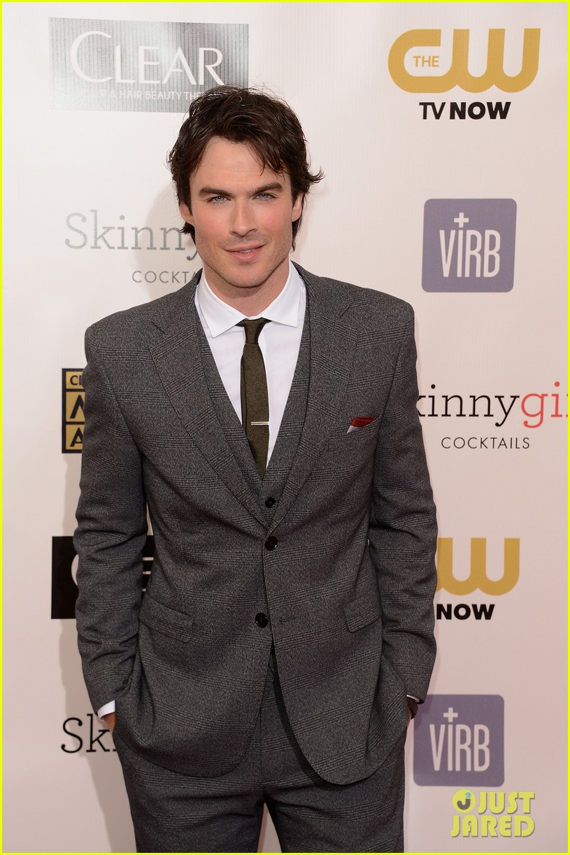 ian somerhalder nina dobrev critics choice awards 2013 12