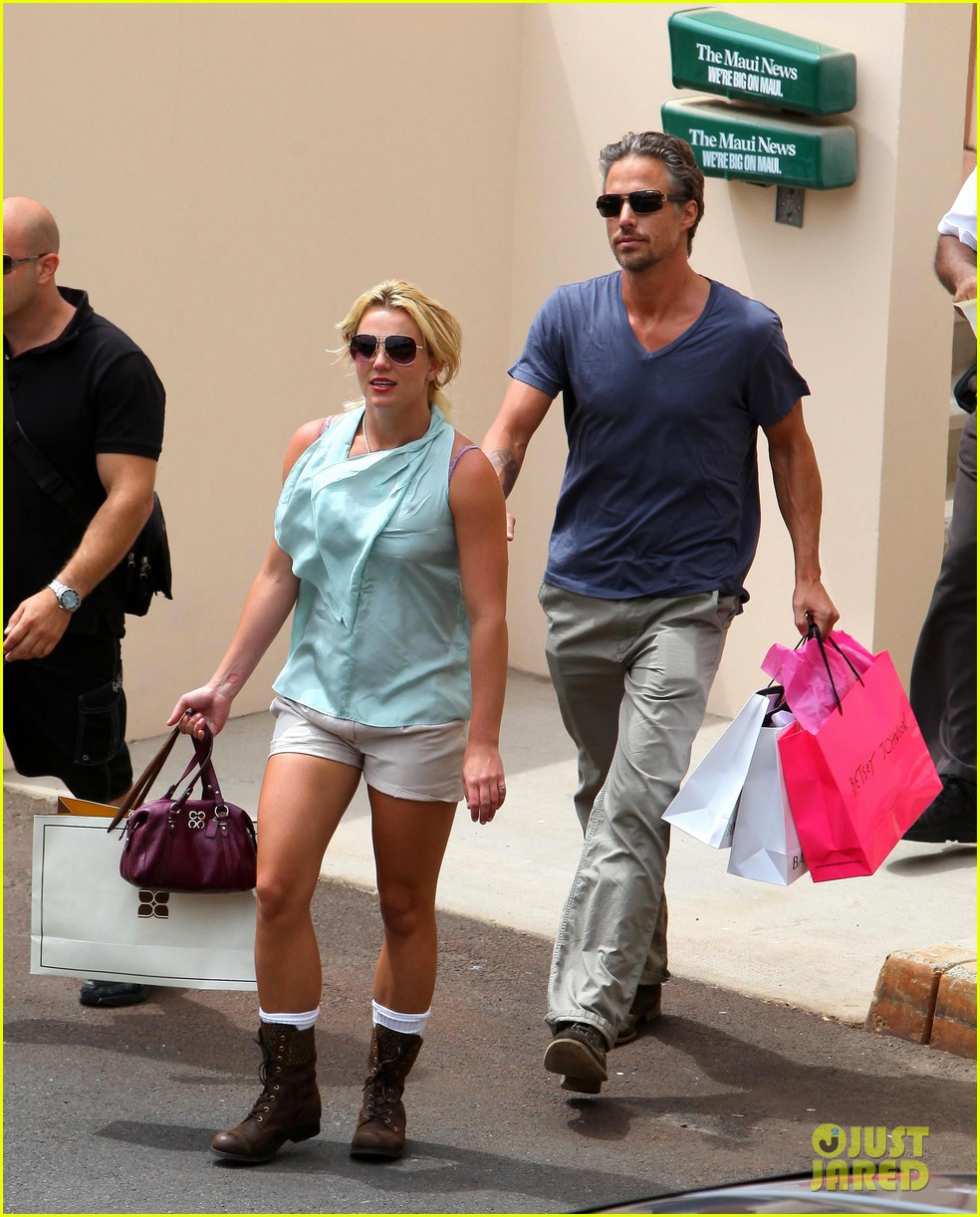 britney spears jason trawick split relationship in photos 322789490