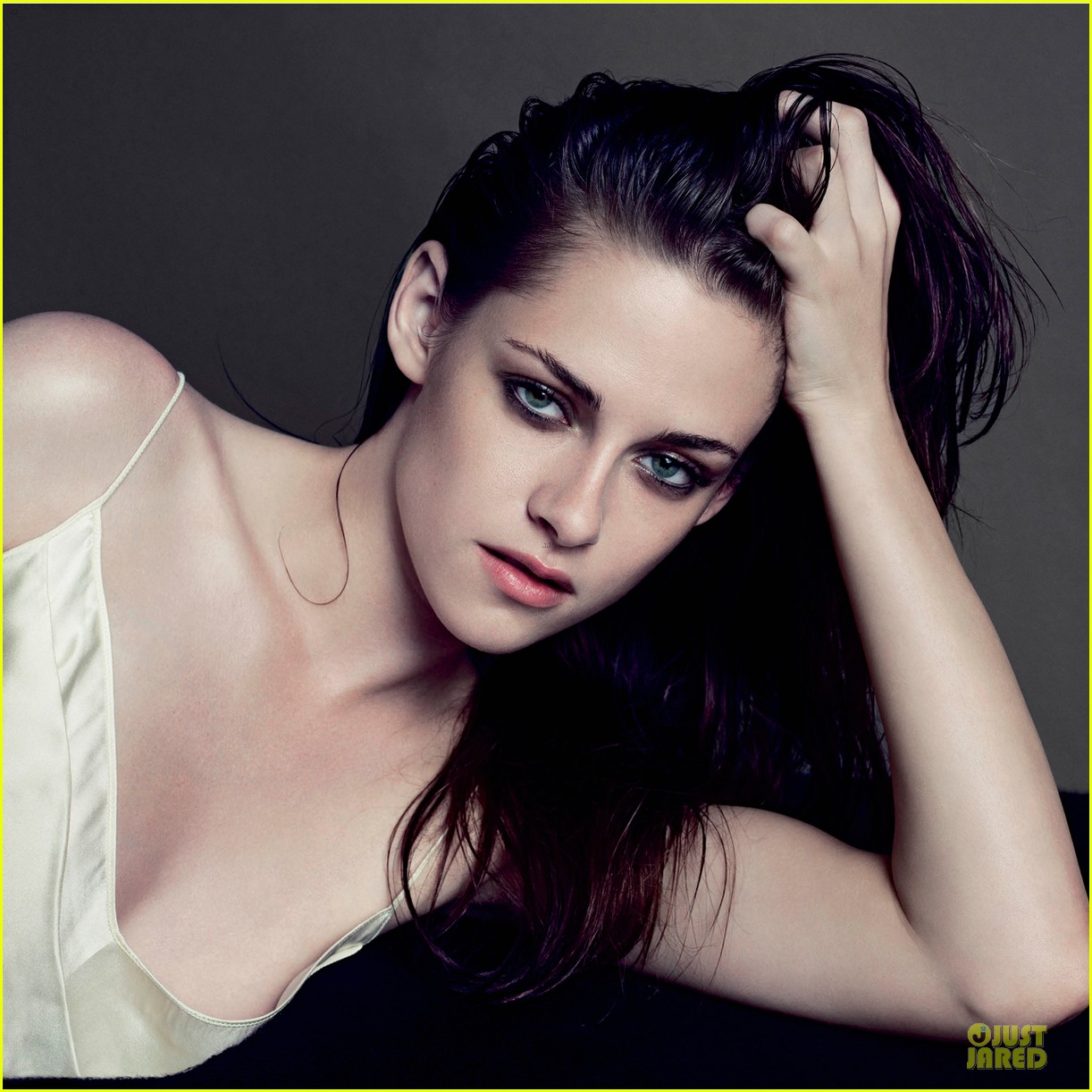 kristen stewart covers v magazine 11