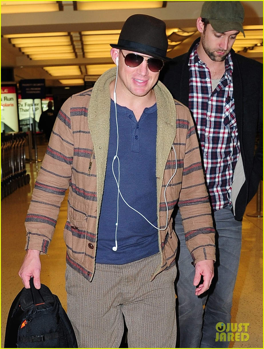 channing tatum lands in nyc jenna dewan hits the gym 02