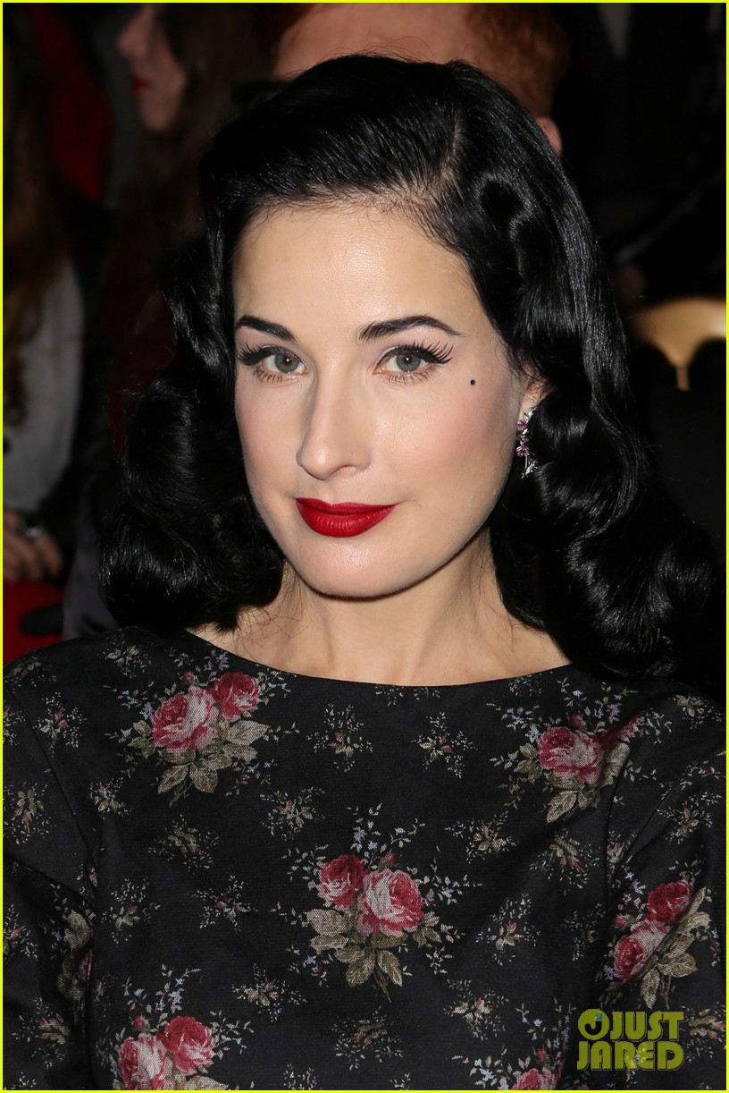 dita von teese elie saab yuliana sergenko shows in paris 04