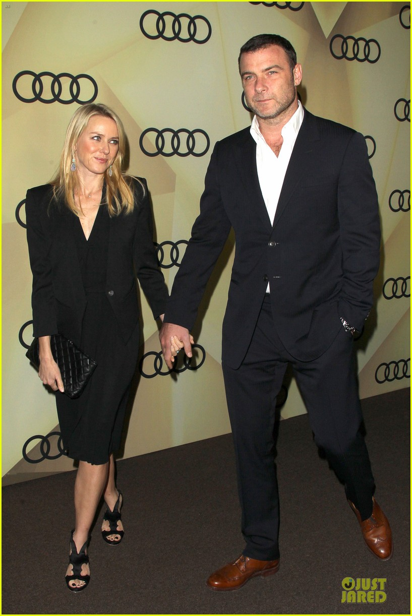 naomi watts & liev schreiber golden globes kick off cocktail party 01