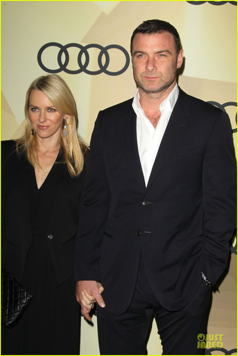 naomi watts & liev schreiber golden globes kick off cocktail party 13