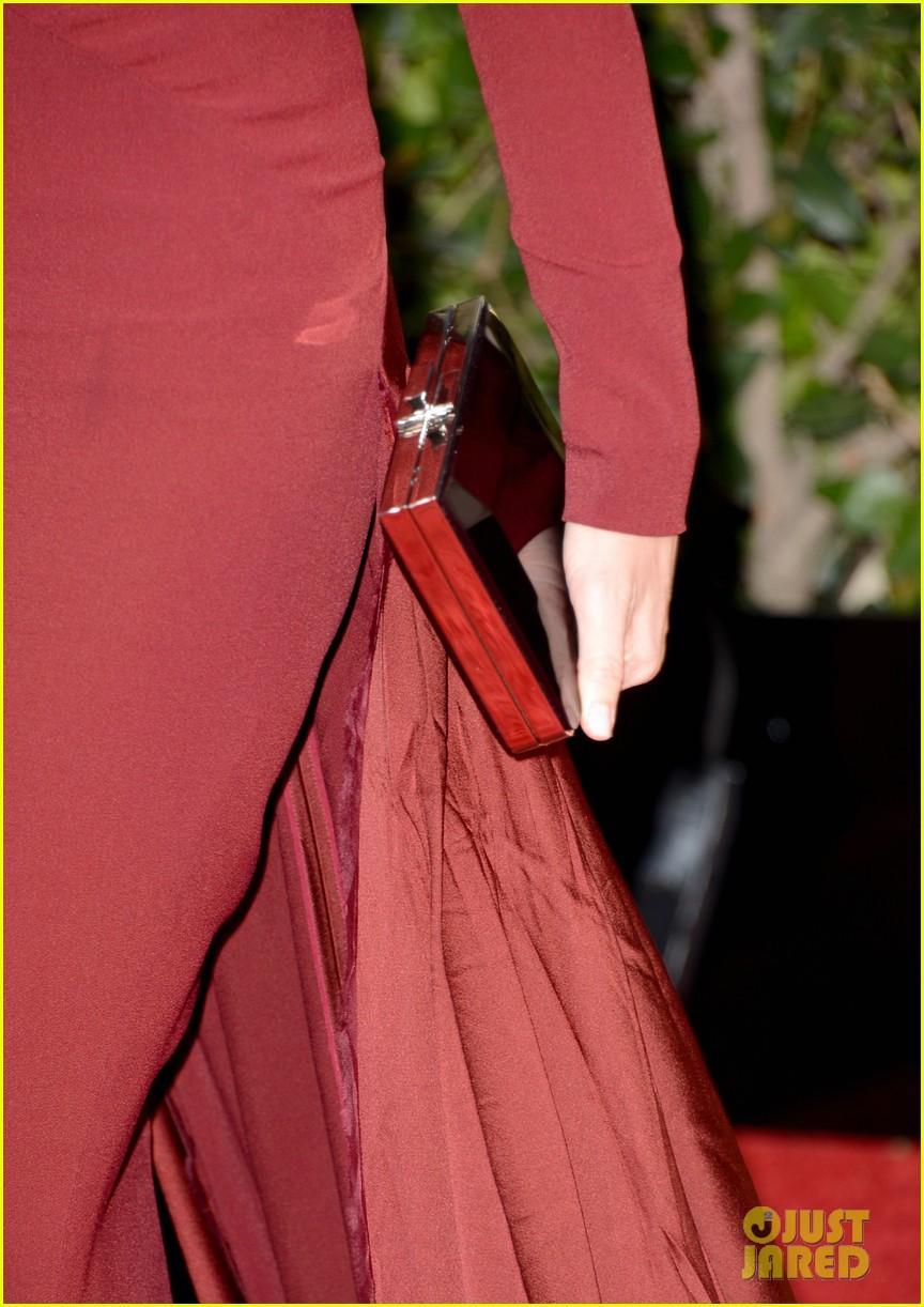 naomi watts liev schreiber golden globes 2013 red carpet 10