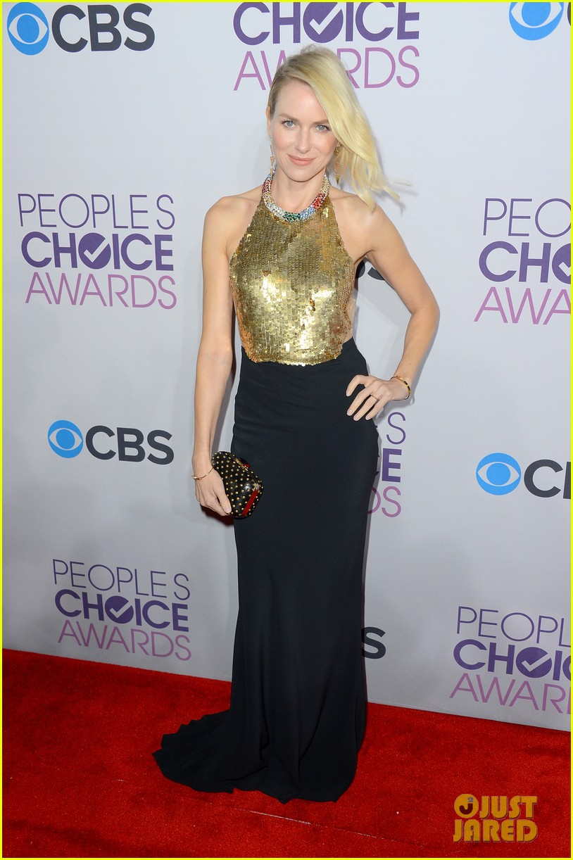naomi watts peoples choice awards 2013 red carpet 032787814