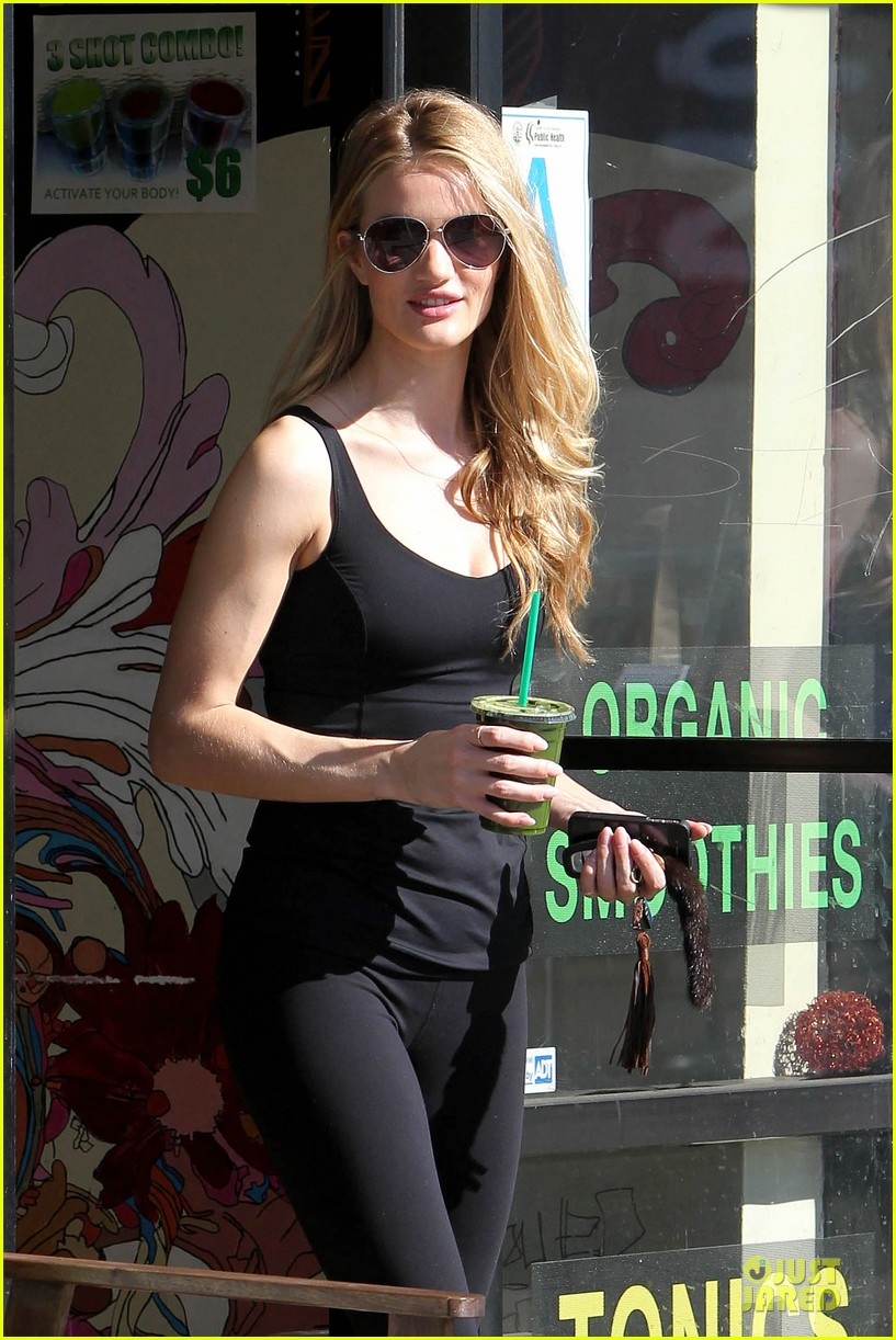 rosie huntington whiteley rosie for autograph lingerie collection collaboration 09