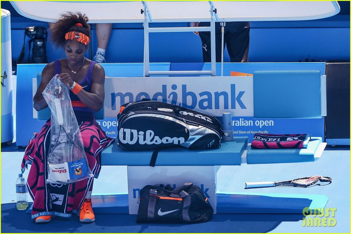 serena williams reveals swollen ankle after breaking racquet 24