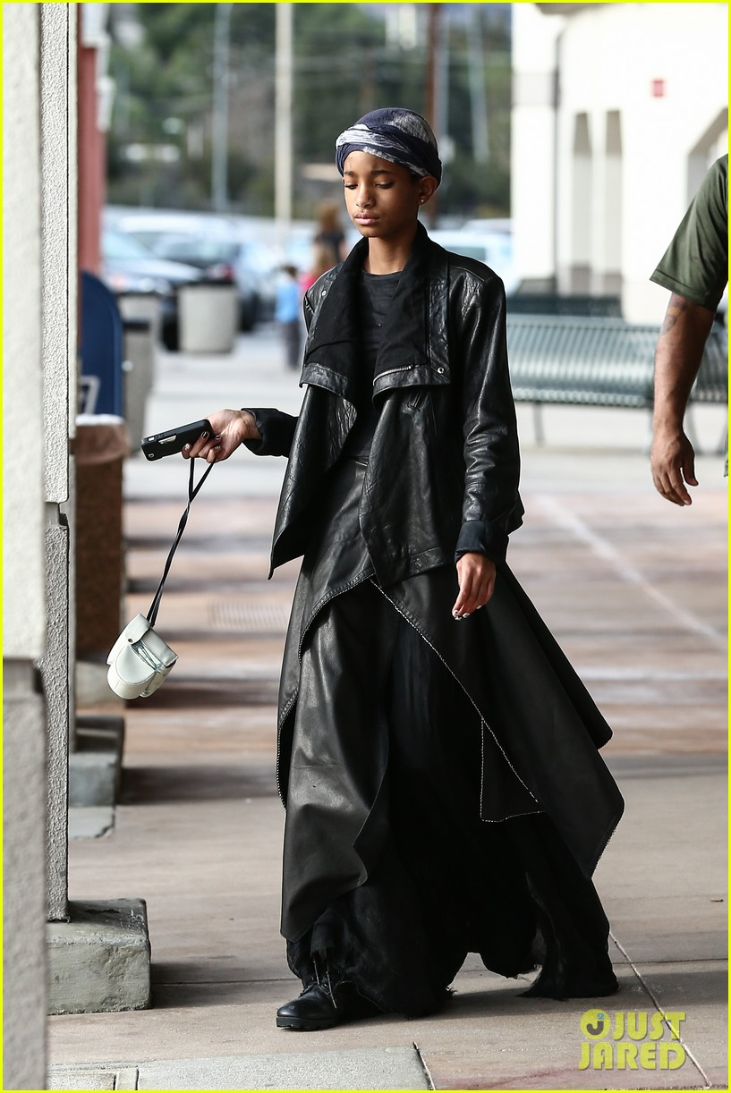 willow smith layers her leather 11