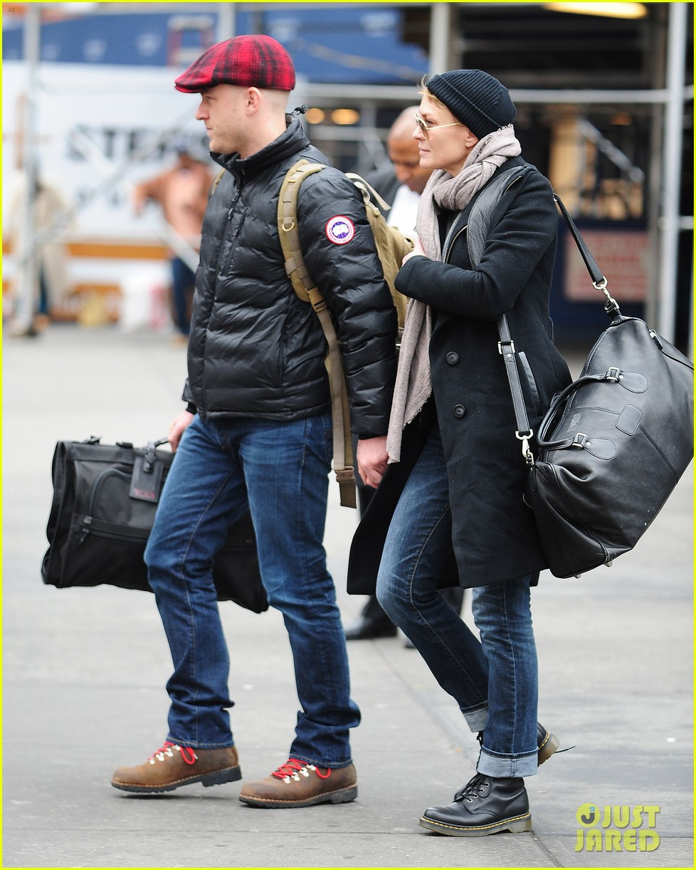 robin wright ben foster penn station pair 012801532