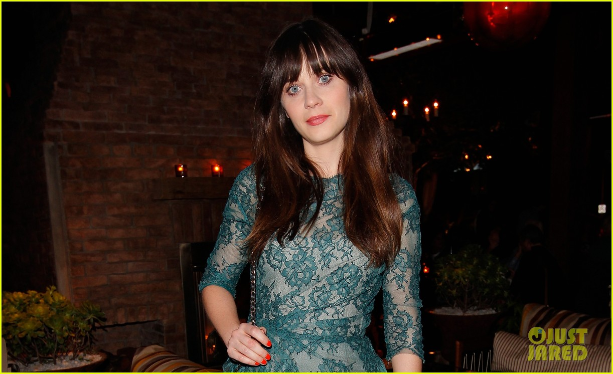 zooey deschanel glamour cover girl celebration 05