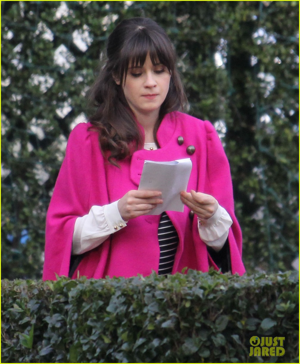 zooey deschanel new hello giggles is up running 02