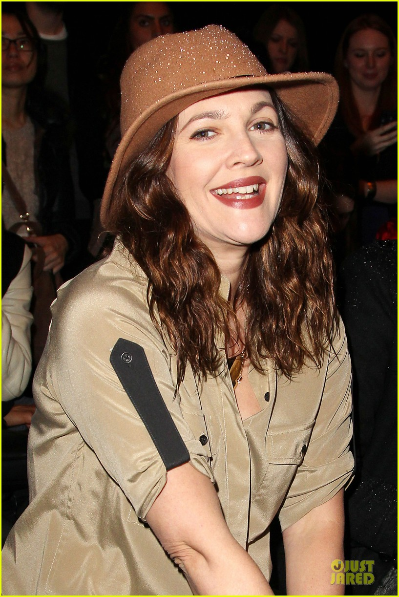drew barrymore rag bone fashion show 21