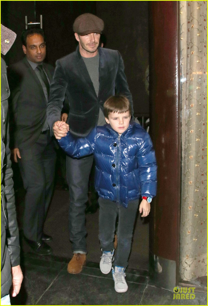 david beckham tamarind restaurant dinner with the boys 21