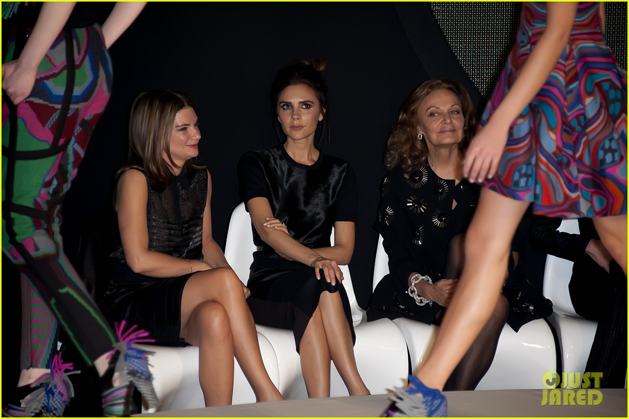 victoria beckham woolmark prize final in london 04
