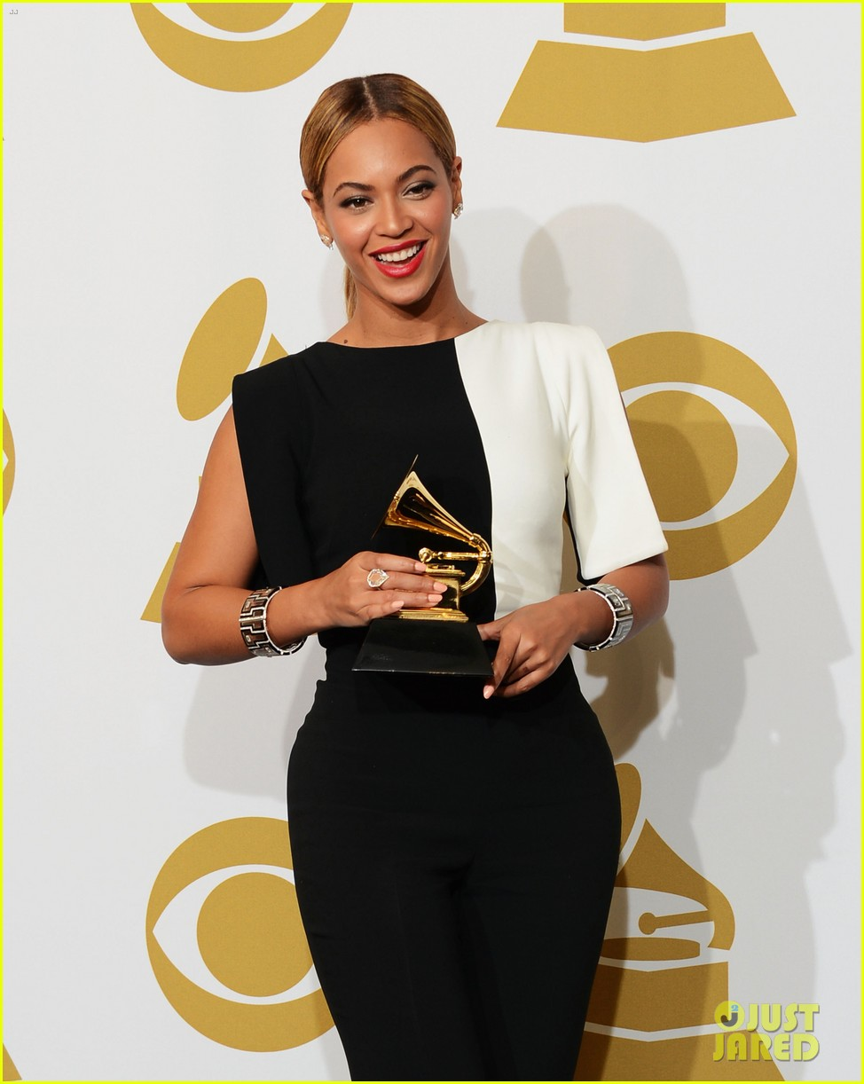 beyonce jay z grammys 2013 winners room photos 132809641