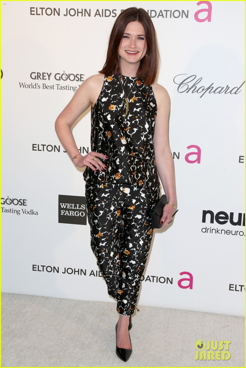 bonnie wright jacob artist elton john oscars party 01