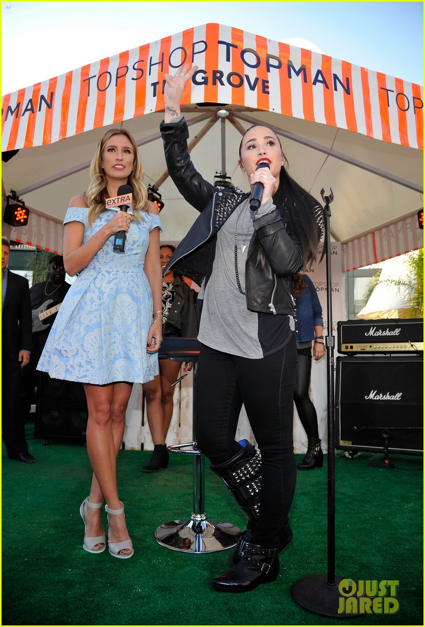 kate bosworth demi lovato topshop grand opening 22