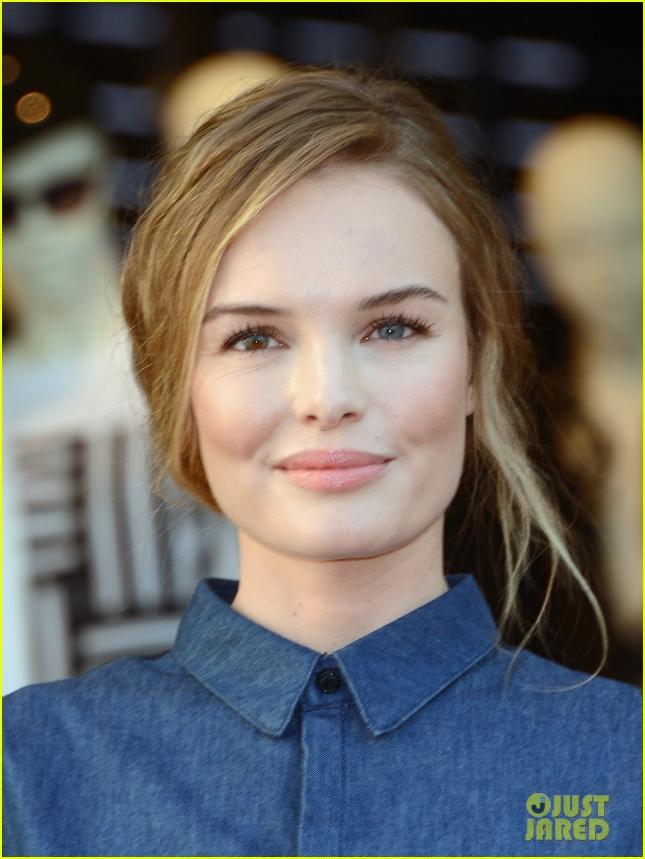 kate bosworth demi lovato topshop grand opening 252812550