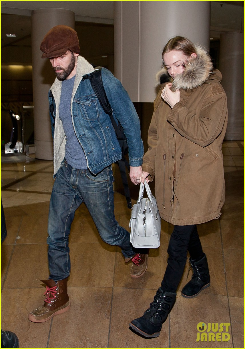 kate bosworth lax arrivial with michael polish 08