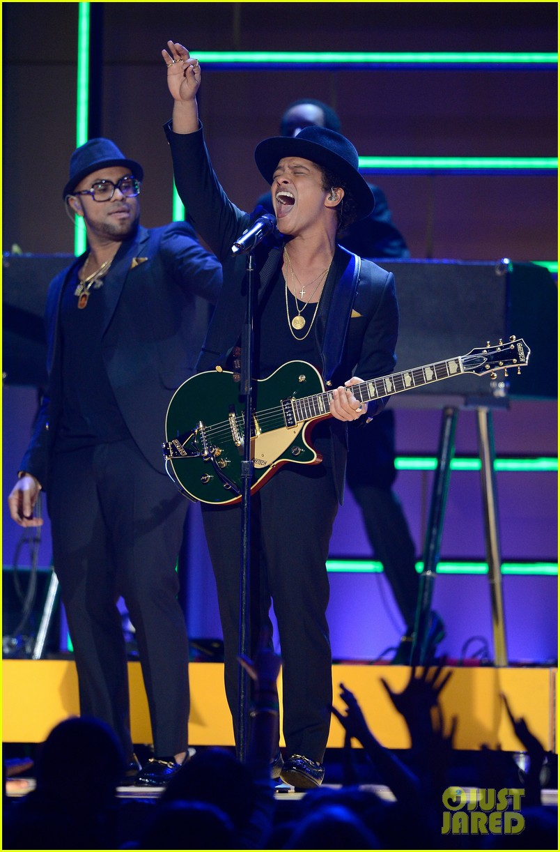 bruno mars sting grammys 2013 performance watch now 06