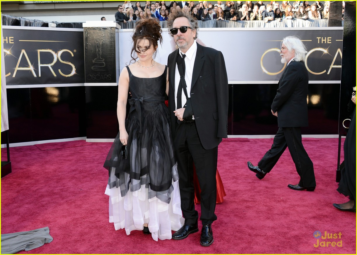 helena bonham carter tim burton oscars red carpet 2013 082819101