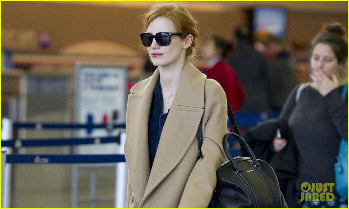 jessica chastain thanks fans for support during award season 02