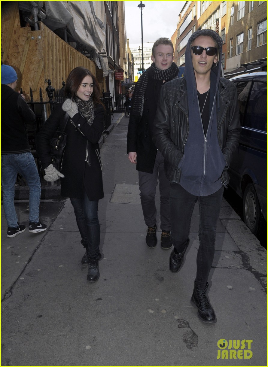 lily collins jamie campbell bower london lovebirds 012806660