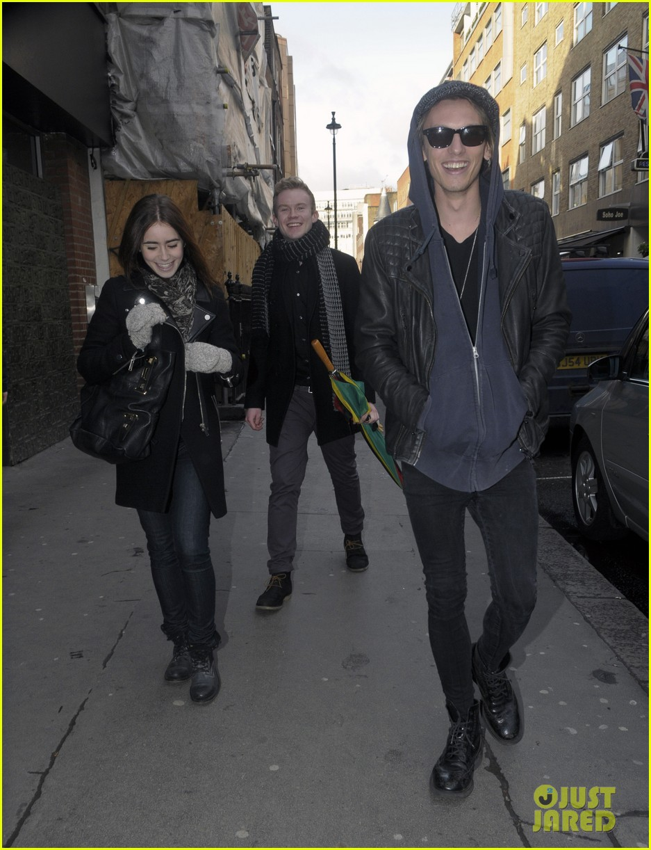 lily collins jamie campbell bower london lovebirds 042806663