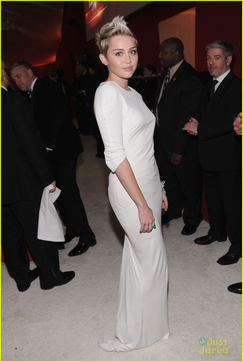 Full Sized Photo of miley cyrus elton john oscars party ...
