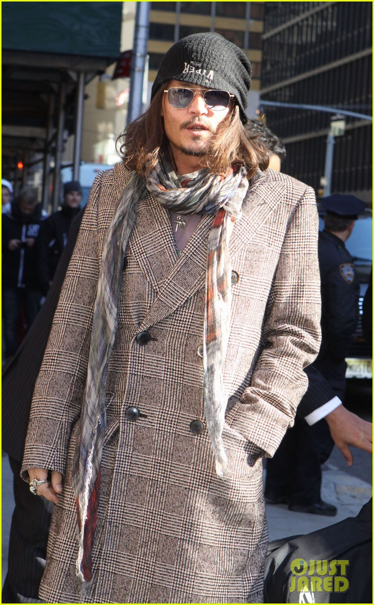 johnny depp letterman appearance as musical guest 02