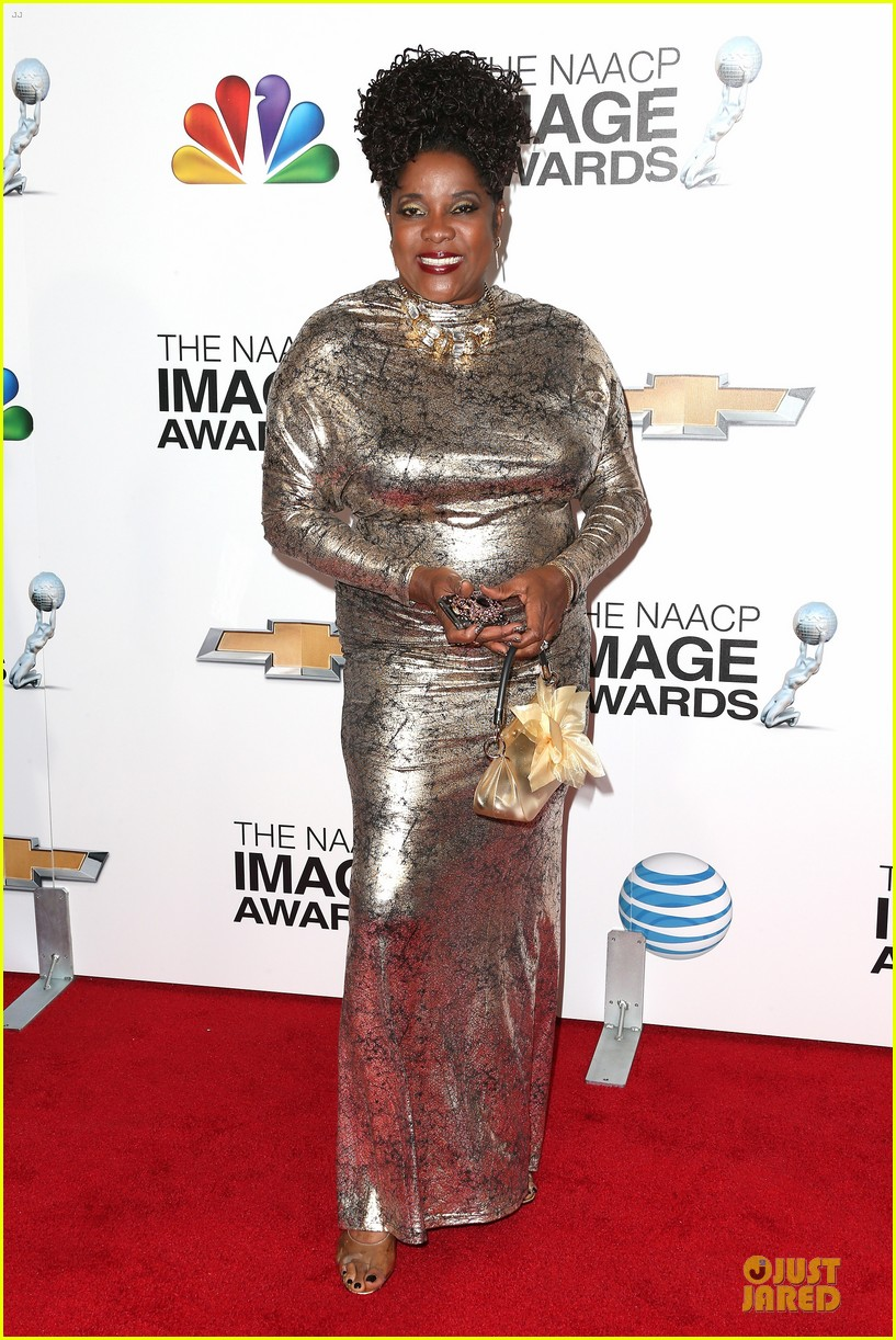 loretta devine best supporting actress in a drama winner 01
