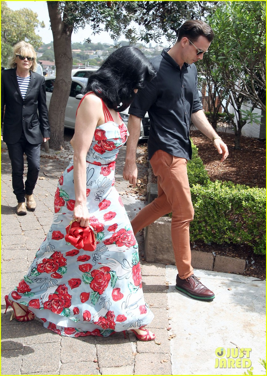 dita von teese catalina lunch with theo hutchcraft 04