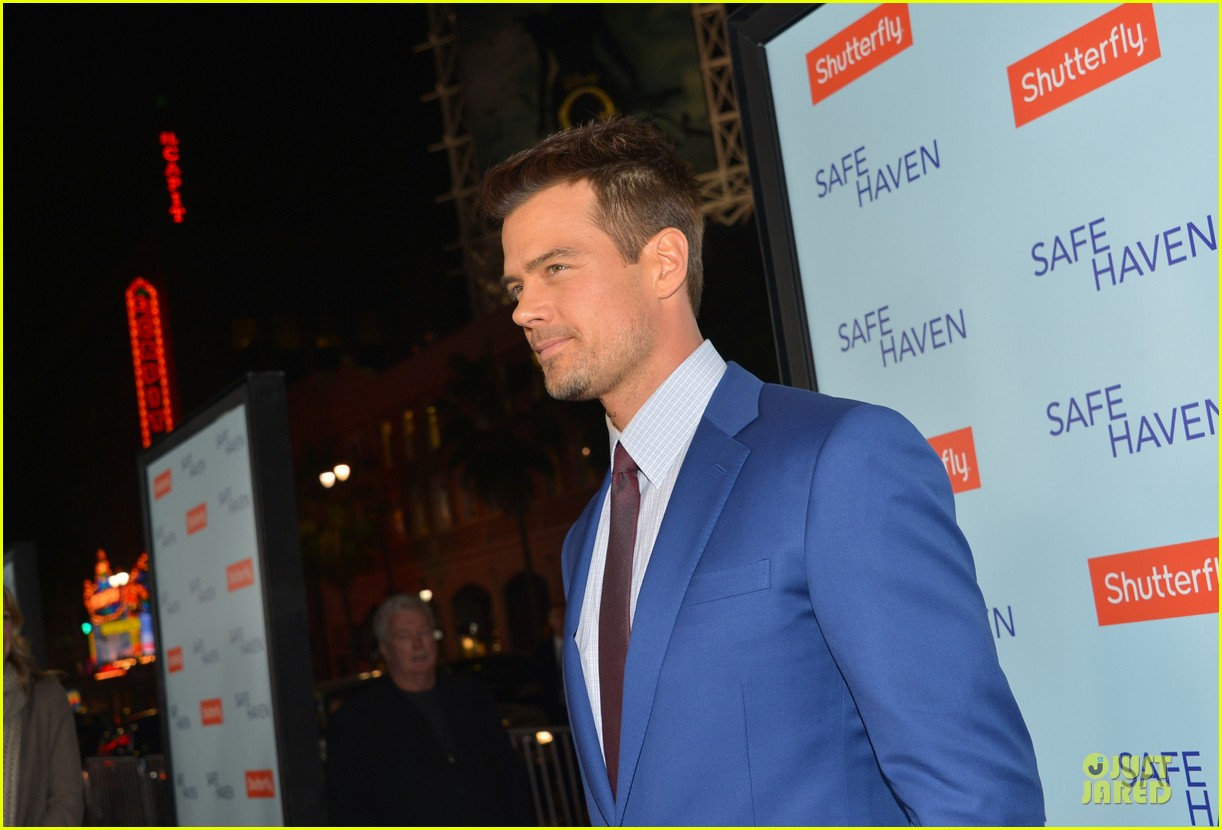 fergie josh duhamel safe haven hollywood premiere 112805599
