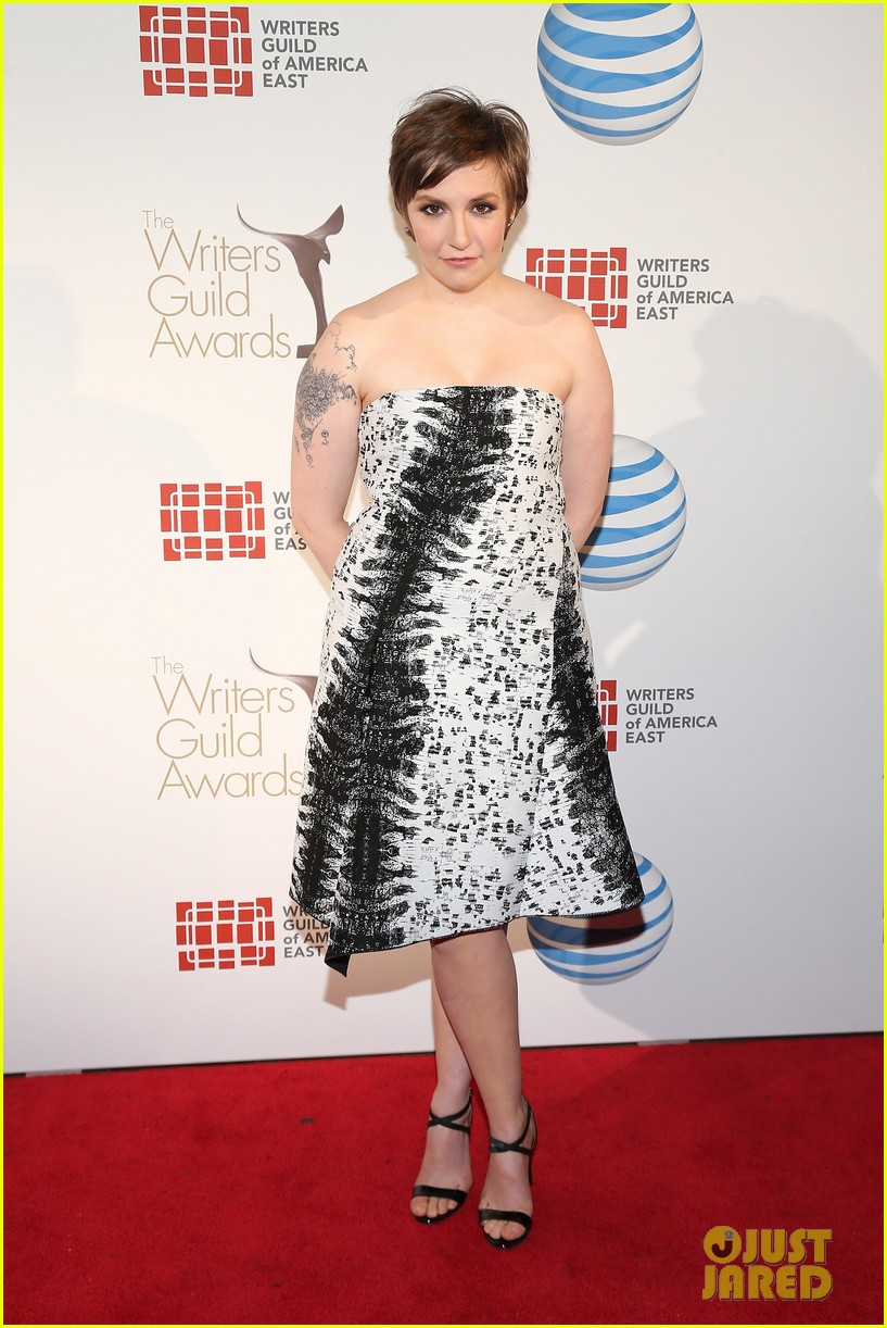 lena dunham writers guild east coast awards 012814327