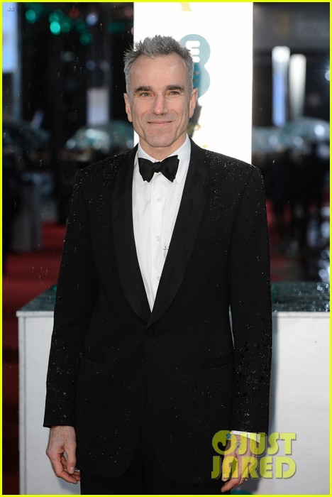 daniel day lewis sally field baftas 2013 red carpet 08