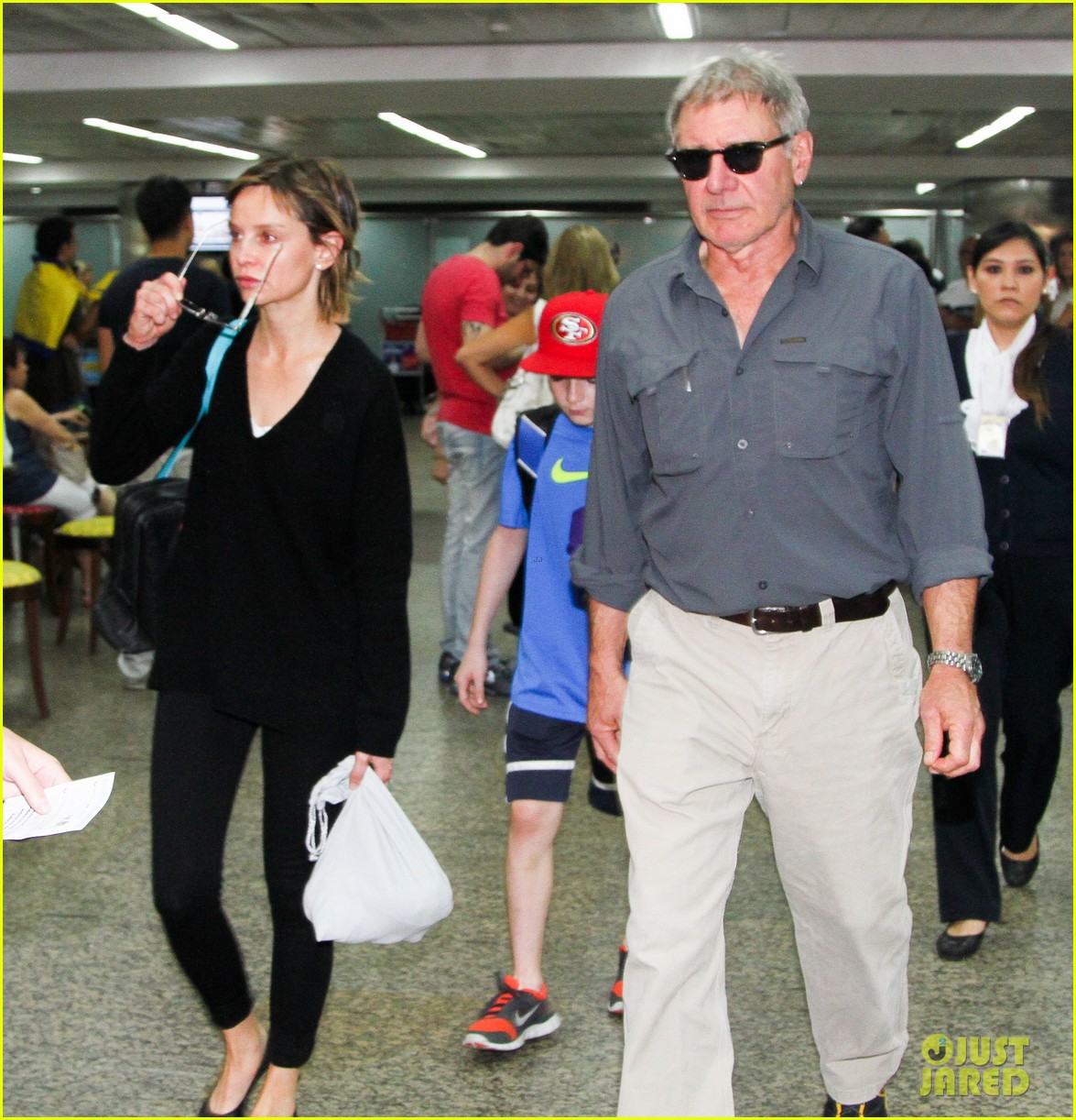 harrison ford family vacation after star wars 7 news 102813657