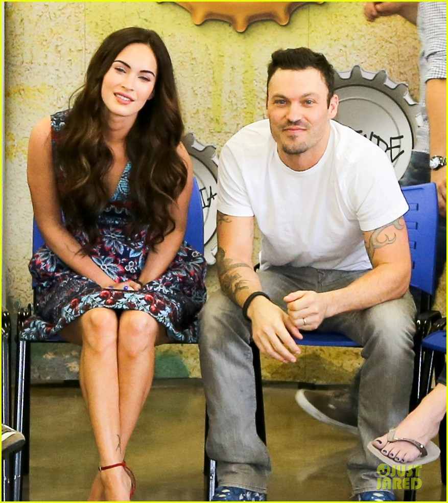 megan fox brian austin green brazilian dance spectators 162808147