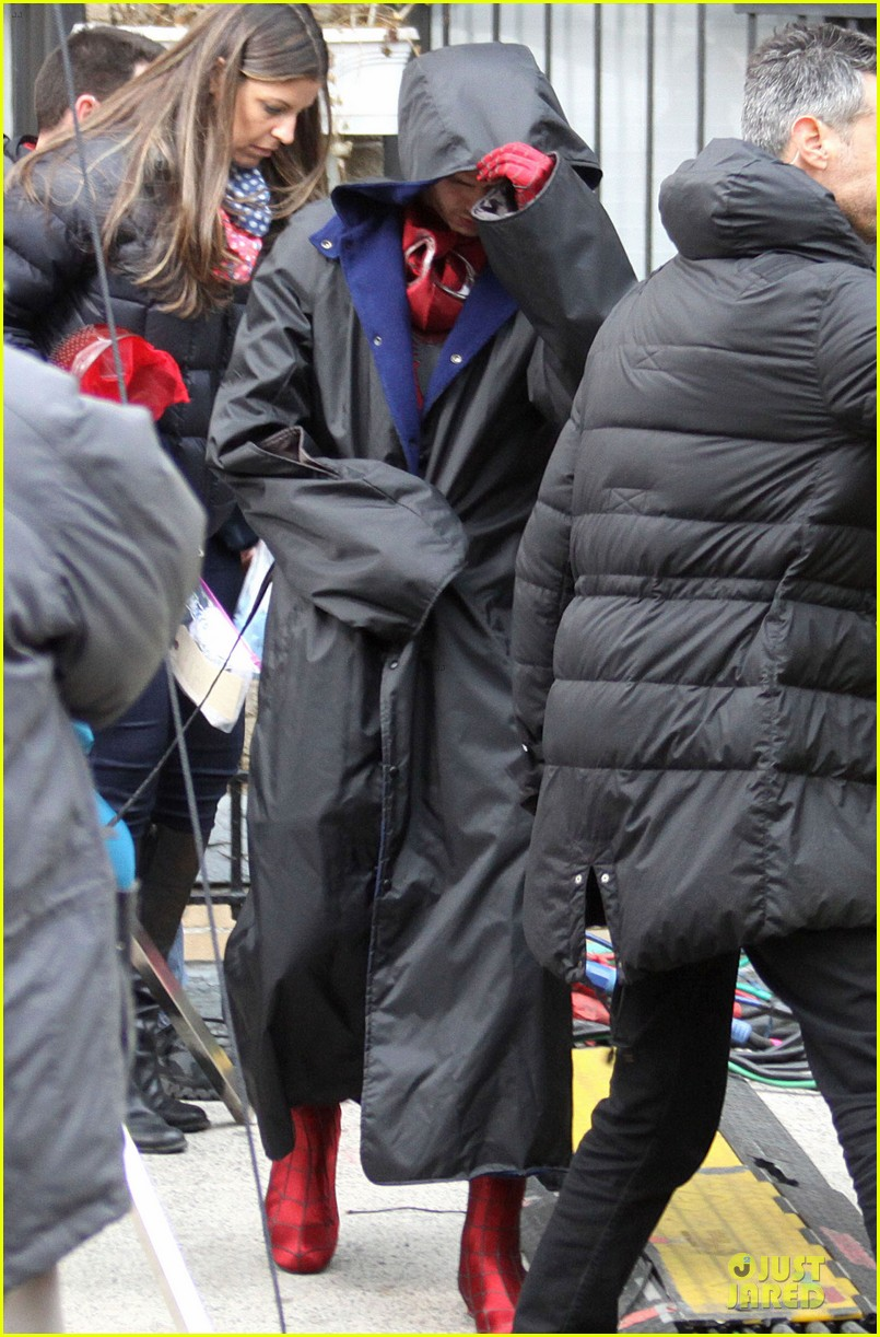 andrew garfield amazing spider man 2 suit first look 03