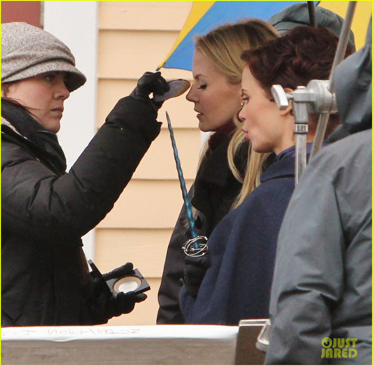 ginnifer goodwin jennifer morrison once upon a time filming 042812808
