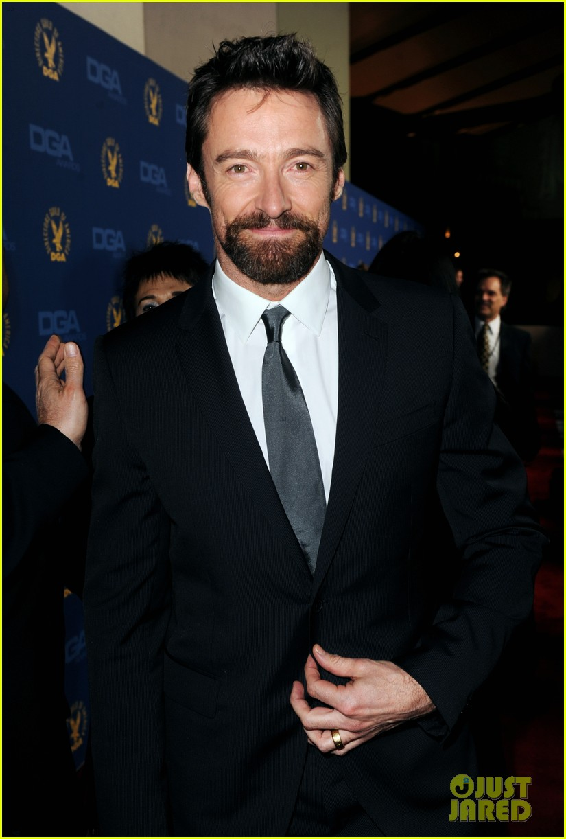 anne hathaway dga awards 2013 with hugh jackman 04