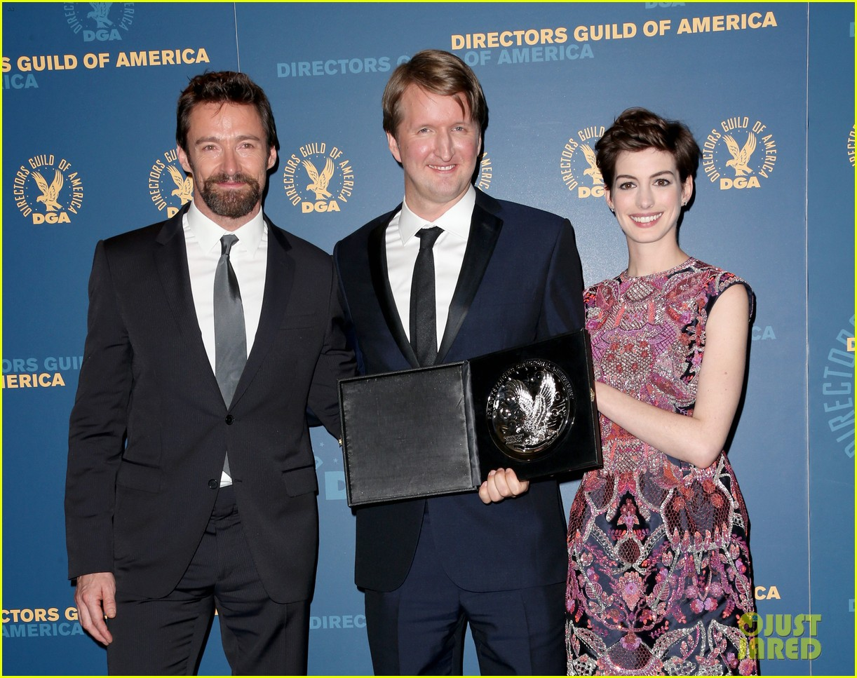 anne hathaway dga awards 2013 with hugh jackman 102803707