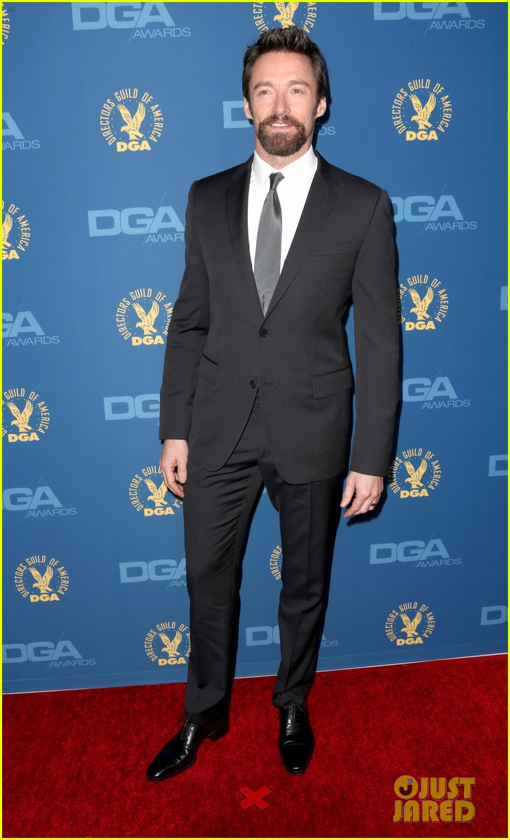 anne hathaway dga awards 2013 with hugh jackman 27