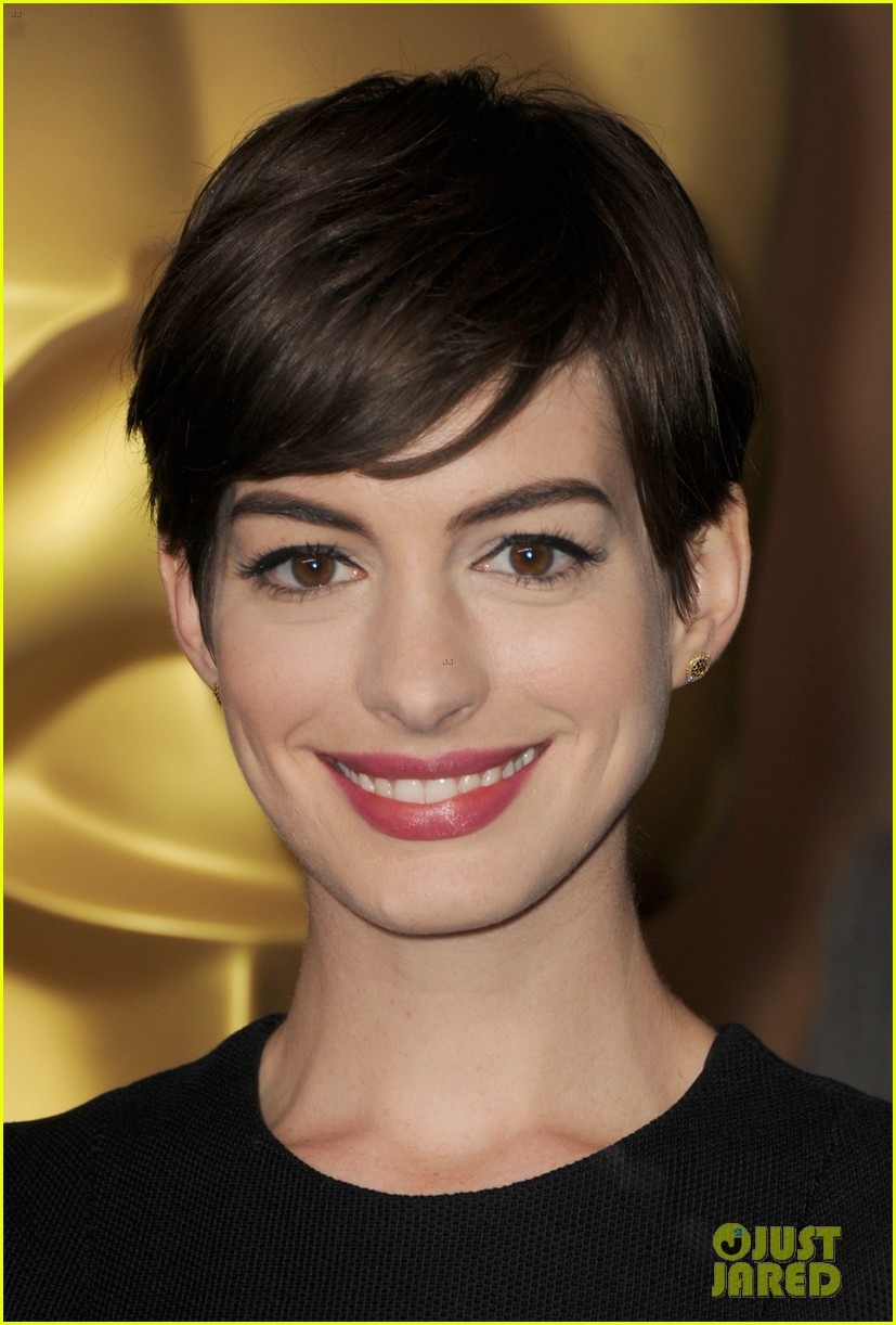 anne hathaway oscar nominees luncheon 2013 03