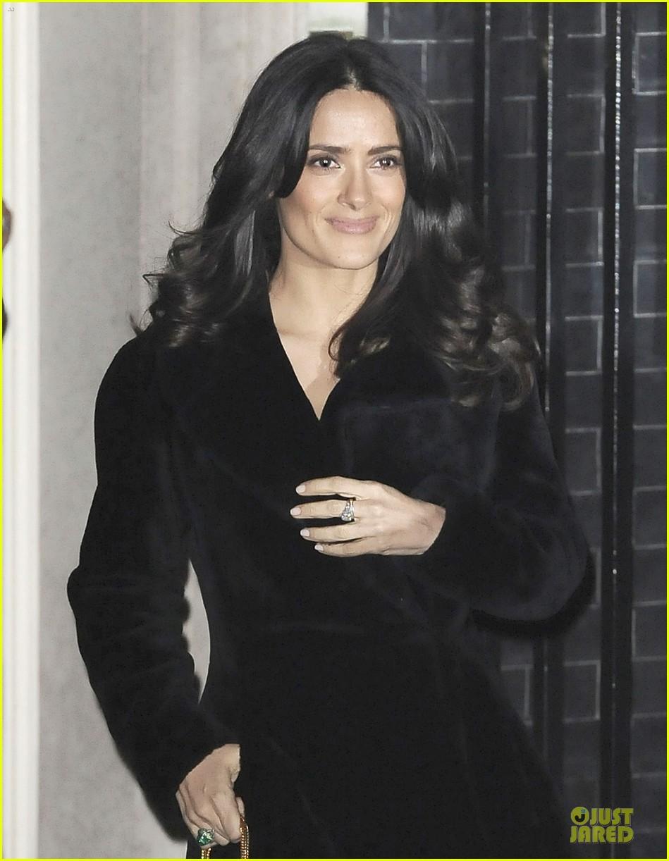 salma hayek independent spirit awards presenter 022813463