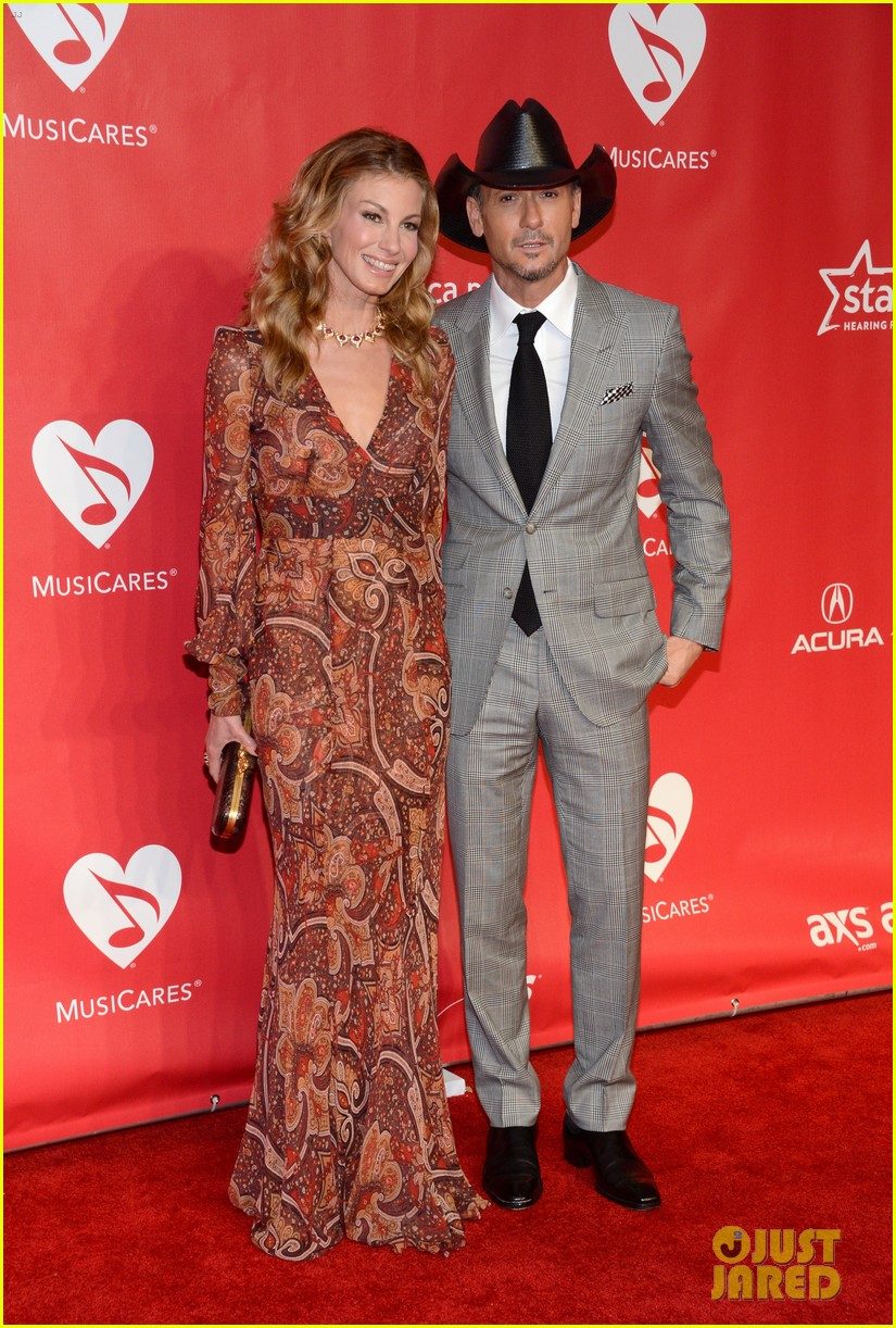 faith hill tim mcgraw grammys musicares event 2013 03